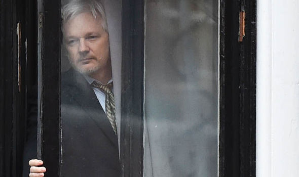 Julian-Assange-Embassy-724516